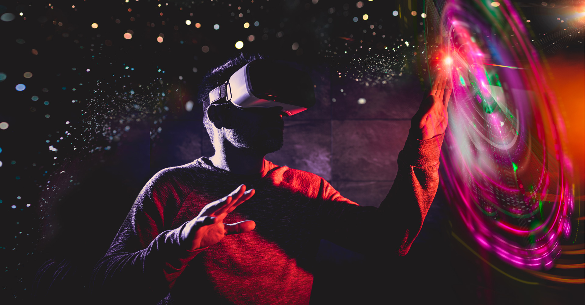 Facebook Builds Metaverse With XR Programs   Avast