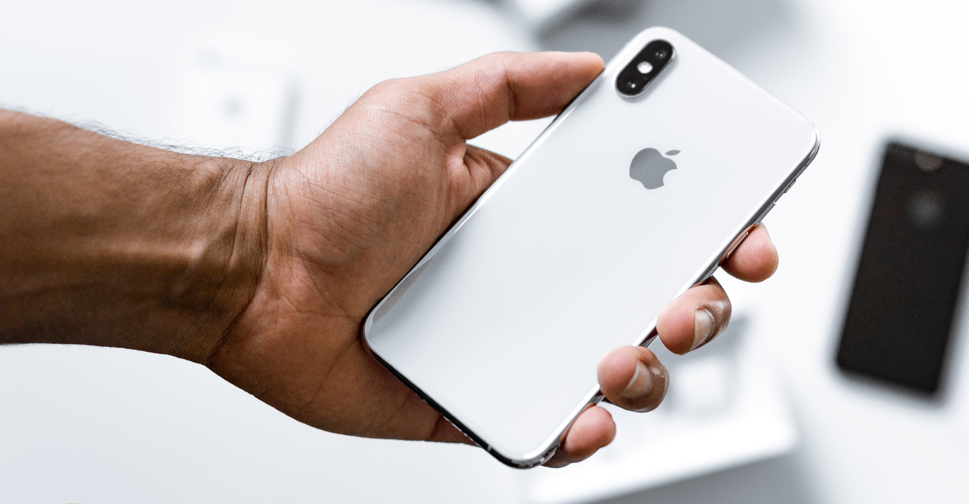 Apple Pauses Photo-Scanning Plans | Avast